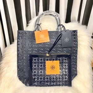 Tory Burch Exclusive Tote & Pouch Bag🌟